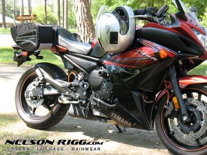 Nelson Rigg CL-890 Motorcycle Saddlebags installed on Yamaha FZ6R